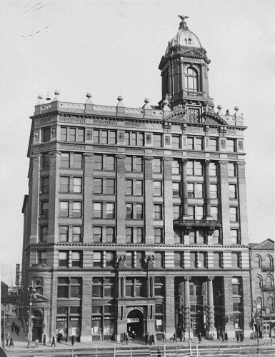 Brooklyn Daily Eagle building in downtown Brooklyn, 1937