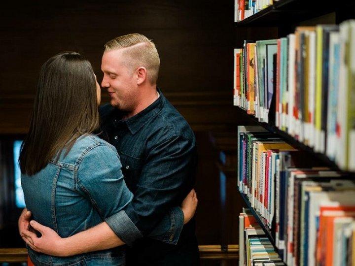 Kiss Books