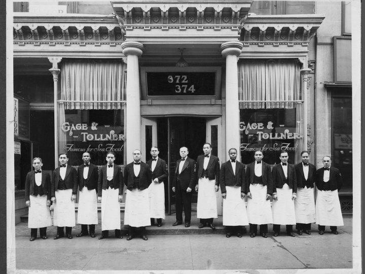 Gage & Tollner Restaurant, 1942
