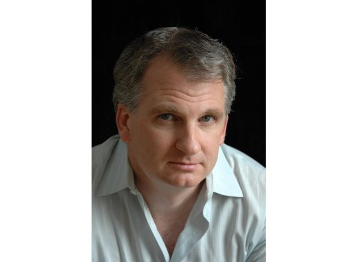 Timothy Snyder discusses On Tyranny