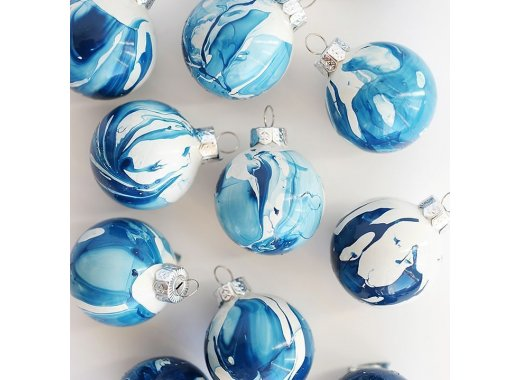 D.I.Y Holiday Ornaments
