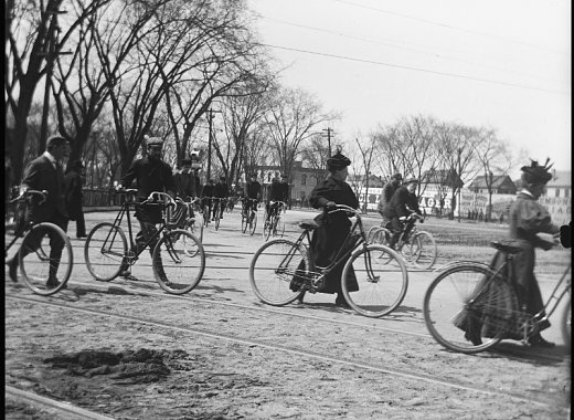 Vintage cyclists in Prospect Park