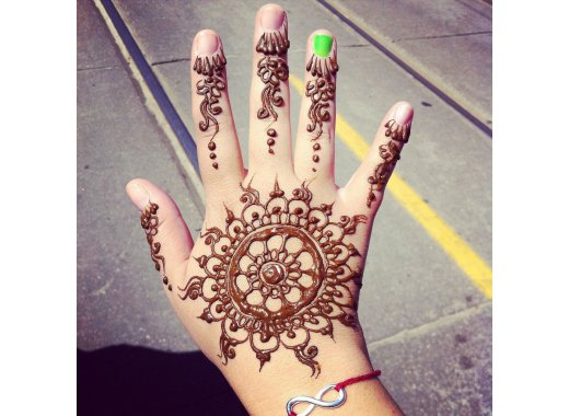 Kids Explore: Henna Body Art