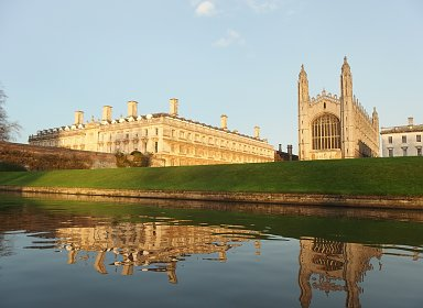 A Virtual Tour in Cambridge (U.K.)  with Librarian Shirley